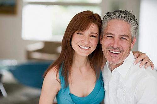 Yngre kvinner søker eldre menn