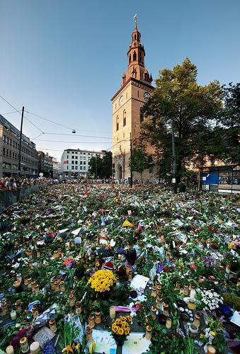 Anders Behring Breivik - truet i fengslet , vil ikke overleve friheten!