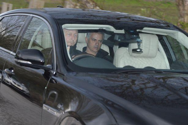 José Mourinho har privatsjåfør ...